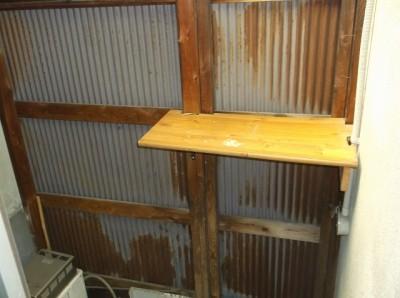 洗濯場内側1(カウンター部が扉です外してもらって大丈夫です)
